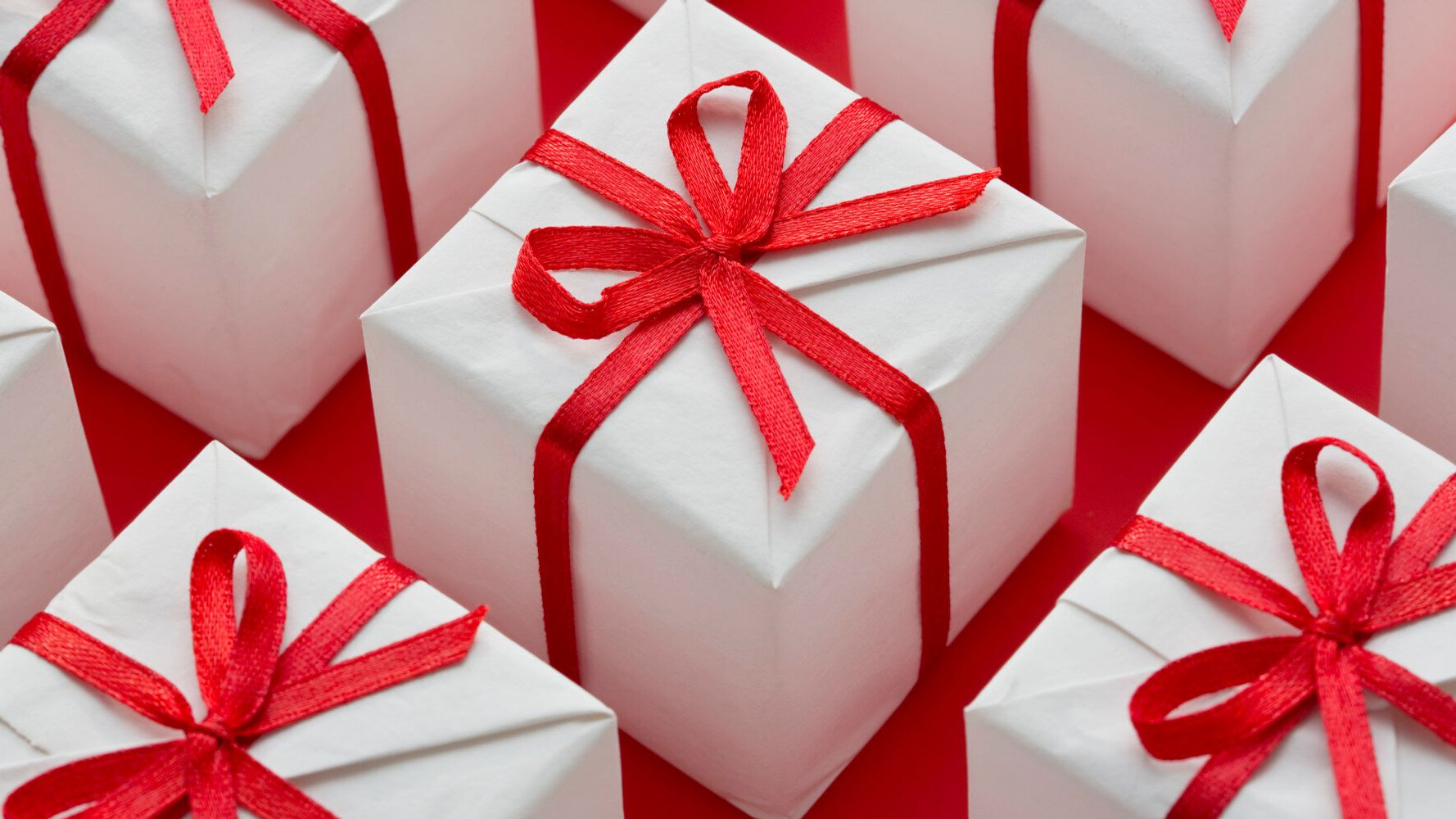 Characteristics of a good corporate gift